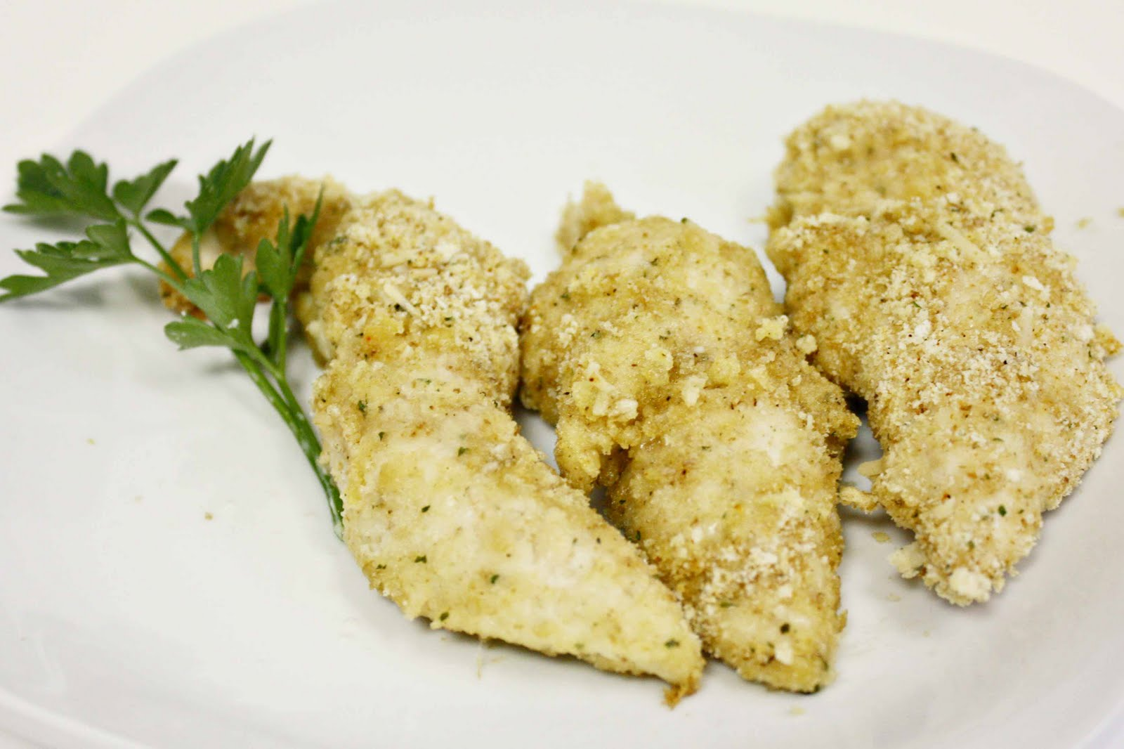 Momma Hen's Kitchen: Cheesy Ritz Breaded Chicken