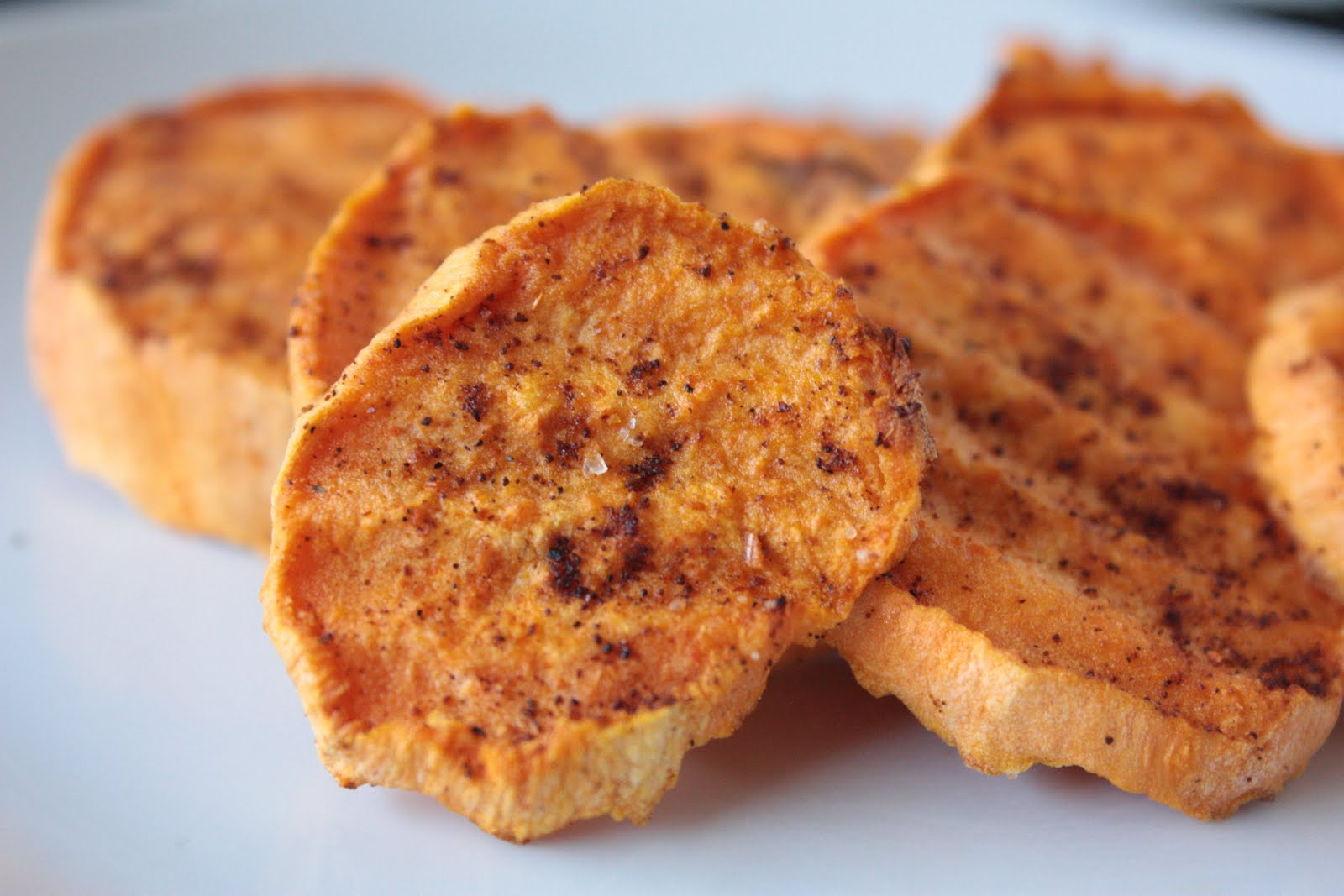 Momma Hen's Kitchen: Sweet Potato Wedges