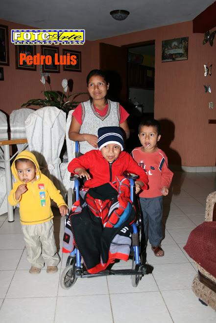 Pedro Luis y Familia
