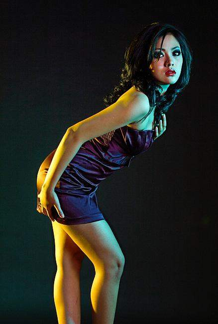 Pose Seksi Model Indonesia