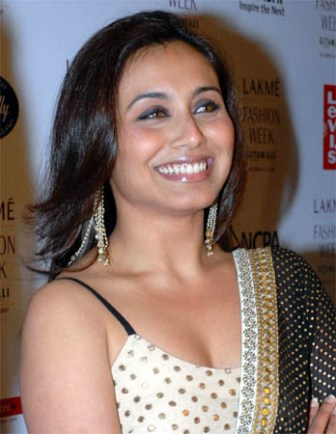 rani mukherjee hot. Rani Mukherjee Hot Photo