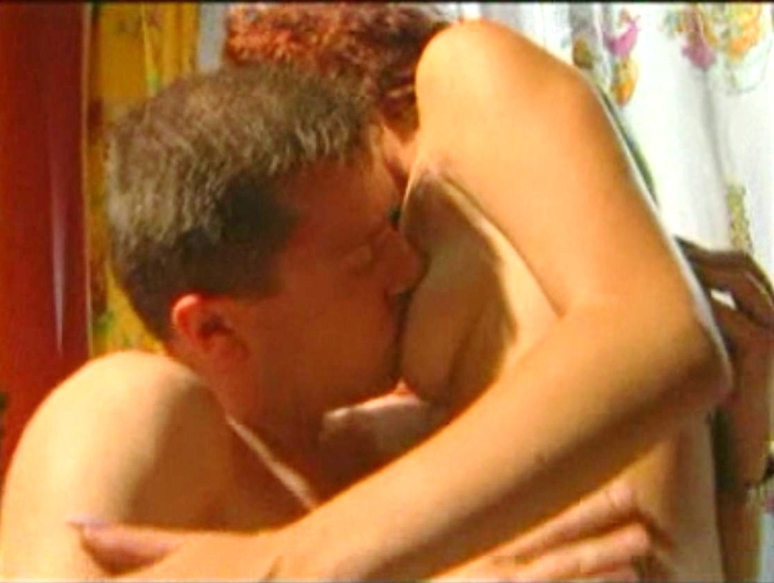 T Rk Erotik Seks Film Sahnesi Manolya Ta Yatak Atesli Se