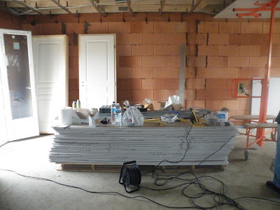 La construction de la maison mikit de boobiz mars 2009 for Interieur maison mikit