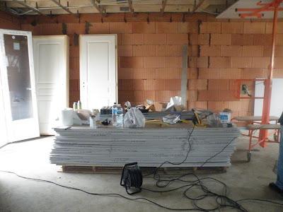 la construction de la maison mikit de boobiz mars 2009. Black Bedroom Furniture Sets. Home Design Ideas