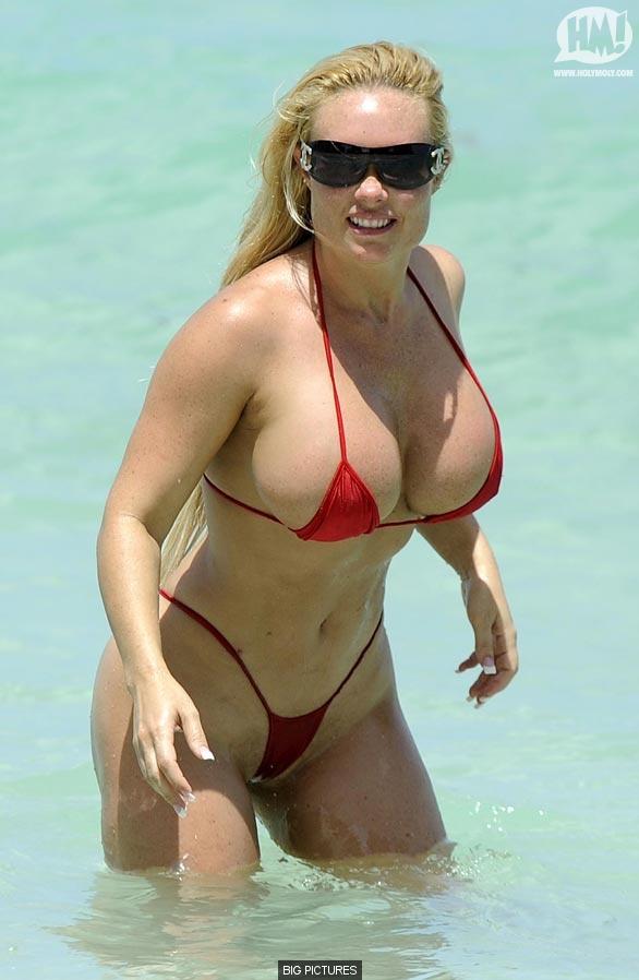 coco austin nude on beach