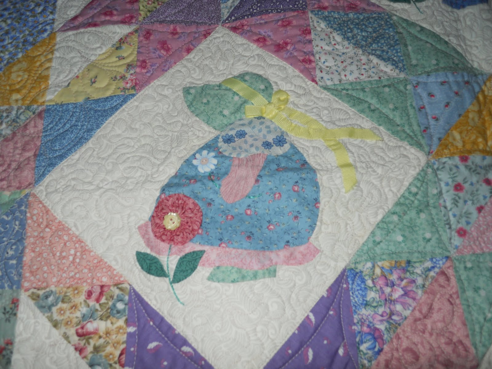 My Mom Quilted This: Sunbonnet Sue Quilt