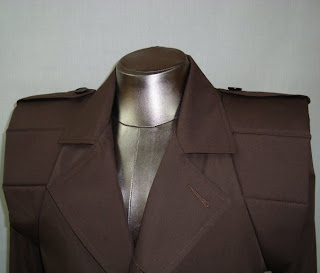 AbbyShot Foxhound Coat - Shoulder Detail