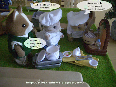 sylvanian families washing dishes