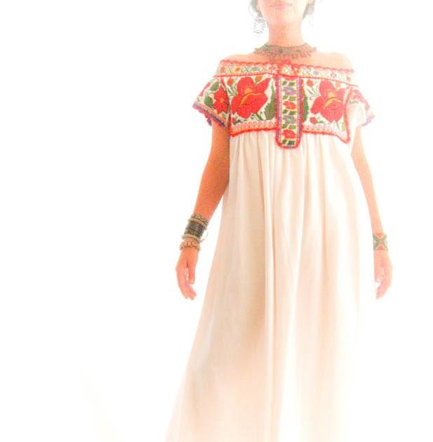 Aida Coronado Mexico Embroidery Dresses: Oaxacan ethnic wedding Maxi ...