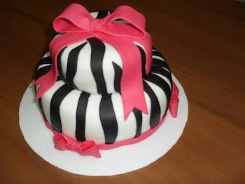 Bolo Dois Andares Zebra