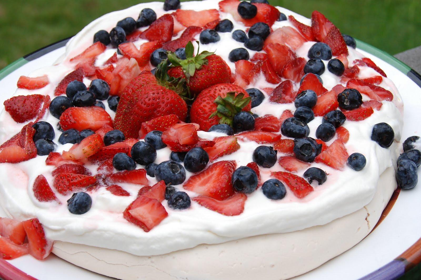 Chickenville: Showstopping Australian Pavlova Dessert