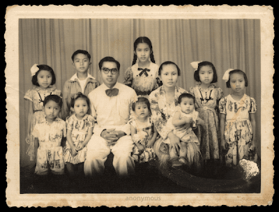 external image Indonesian-Family-1957.png