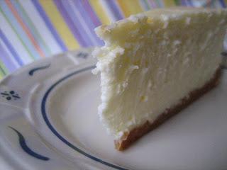 Classic cheesecake + cheesecake 101