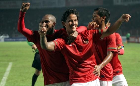 http://1.bp.blogspot.com/_JTpFgYXxbAA/TPyA3iLPRiI/AAAAAAAAA-E/bgTtrzzXjZE/s1600/Piala+AFF+2010+Grup+A.jpg