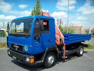 1 743509 Camion Basculanta cu macara second hand de vanzare MAN 8.163 1997 21.000 Euro