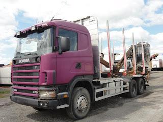 Scania%2BR%2B124%2BC%2B470%2B6x4%2B2 709063 CAMION PENTRU TRANSPORT BUSTENI LEMN Scania R 124 C 470 6x4 din 2003 38.000 Euro