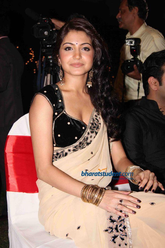 SouthIndian Actress Gallery: Anushka Sharma Milky Hot ...