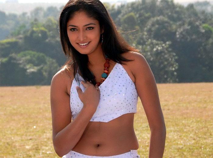 Haripriya Hot Images unseen pics