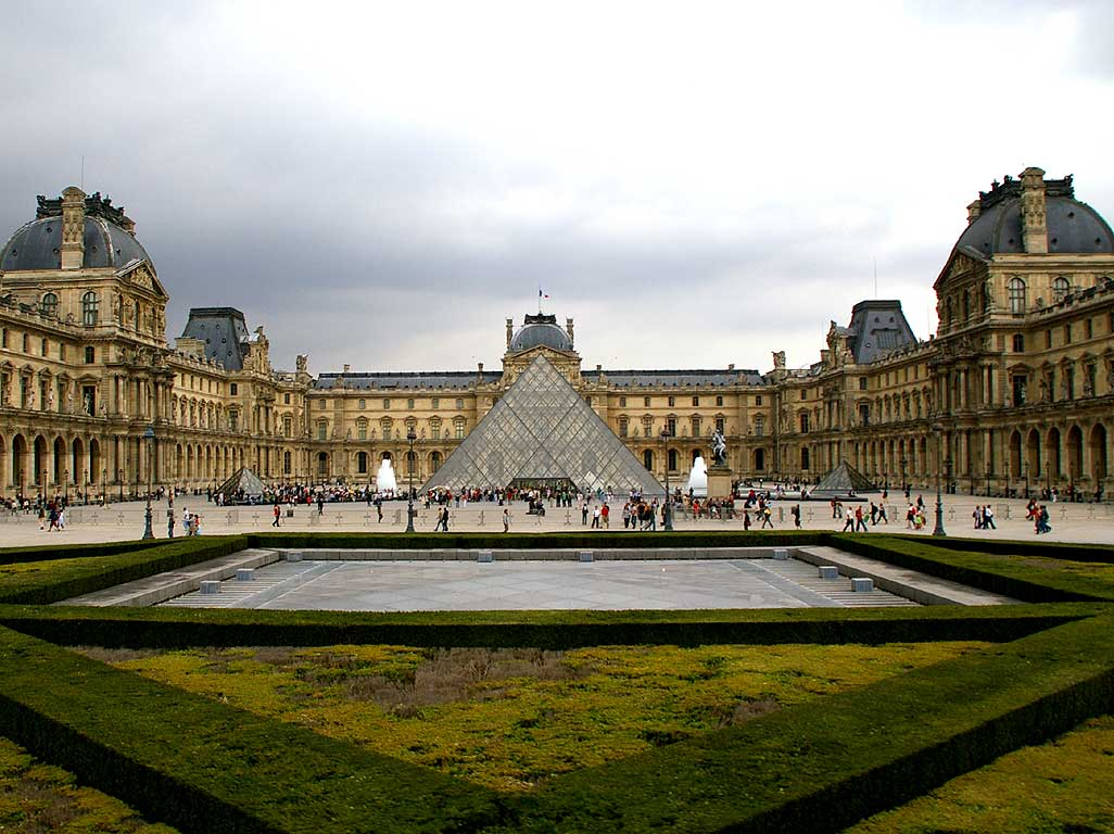 Louvre-Paris-1024-895595.jpeg (1026×768)