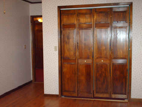 Closet Door Designs on Closet Doors    Closet Doors And Sliding Closet Doors   Closet