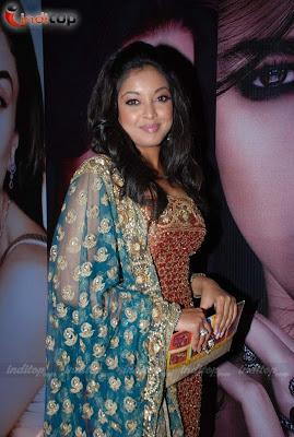 Tanushree Dutta, Brinda Parekh & Sayali Bhagat picture