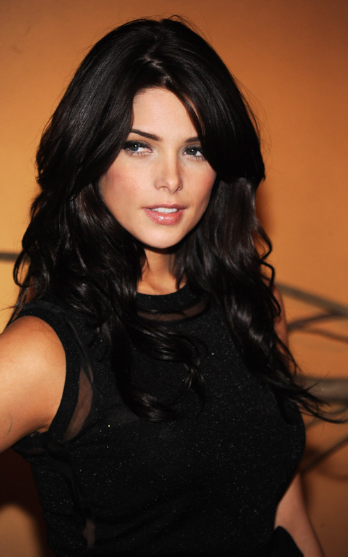 The ooft files :) add yours pervs Ashley+Greene+Looking+amazing+at+MOMA.+1