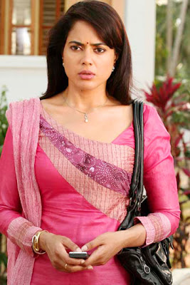 Sameera Reddy is looking so Cultured