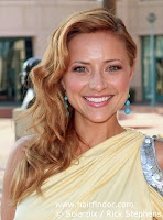 Christine Lakin Hot Pictures