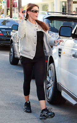 Sofia Vergara is taking her fashion sense to K-Mart
