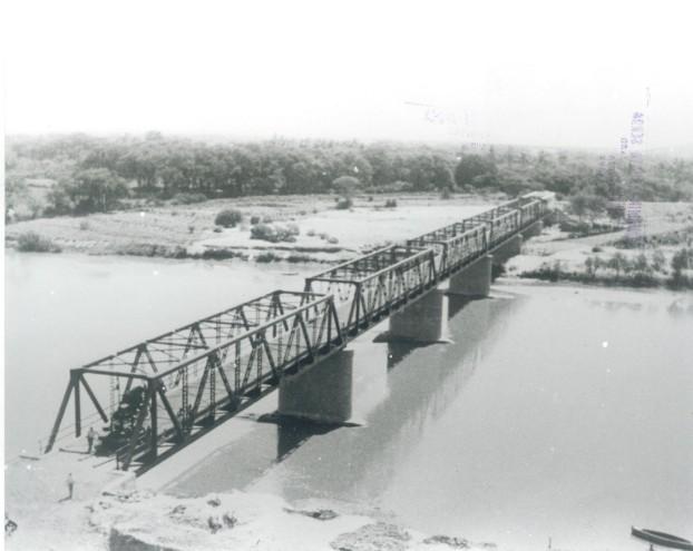 [Puente+sobre+el+R  &]