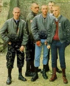 http://1.bp.blogspot.com/_JVVaXmiE24g/RxeMtqi11xI/AAAAAAAAGeM/mdtw9wqOqOc/s400/skinheads.jpg