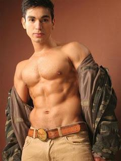 Carlos Agassi Hot