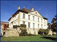 Wine in sweden tn chateau lyonnat 2002 lussac saint for Chateau lyonnat