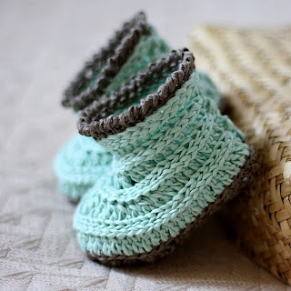 Free Crocheted Baby Booties Pattern - Baby Nursery Themes and