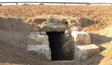 """Dolmen de """"La cueva de los vaqueros"""""""