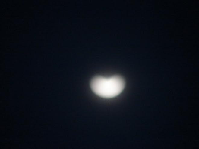 La Luna forma el Corazon al ALBA habla con sus formas 09/01/2010 sec