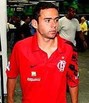 Juan, lateral do Flamengo, convocado para a seleção