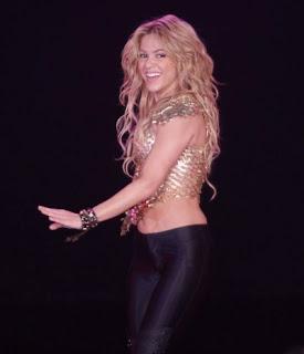 http://1.bp.blogspot.com/_Jeeq3__npVA/TQjw0eL5T-I/AAAAAAAAB7U/JOgU9IF9R-Y/s1600/ShakiraTour3.jpg