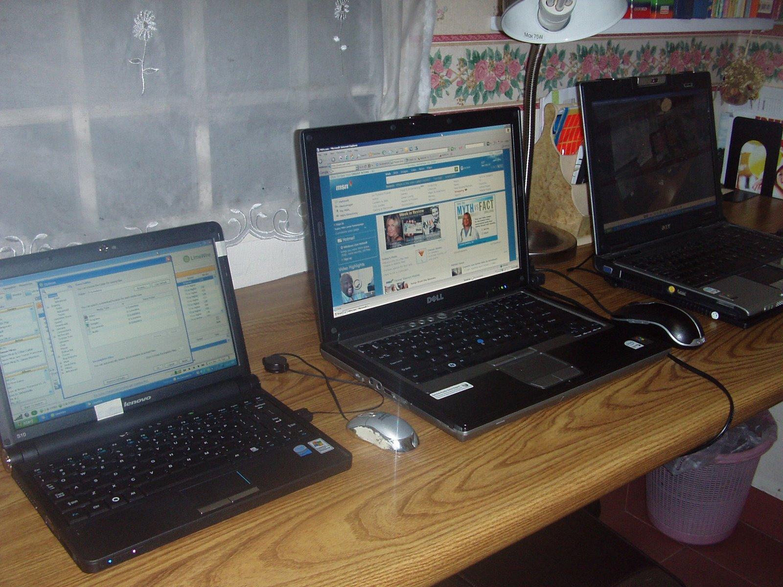 [mini+cybercafe.jpg]