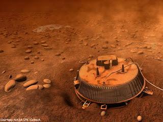 Sonda Huygens en la superficie de Titán (concepción artística)