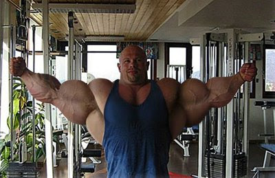 cosas curiosas  - Página 3 Extreme+bodybuilders+turn+into+ugly+muscled+balloons++7