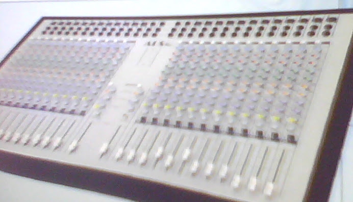 mixer 24 chnl