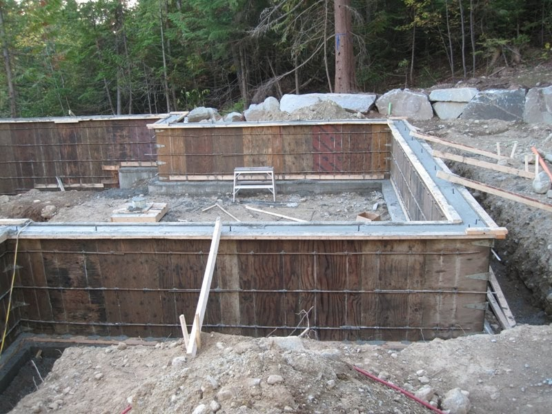 Nelson weekly news foundation backfill and slab pouring Foundation pouring