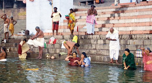 Bathing In River Or Nadi Snanam