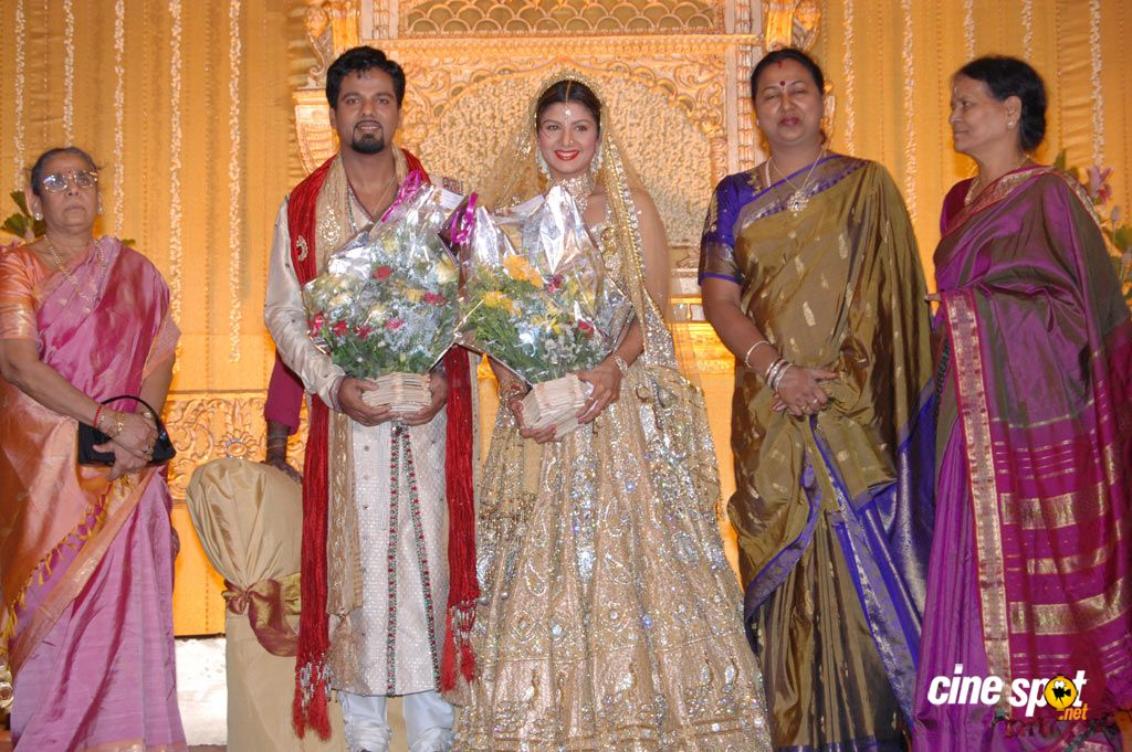 famous south actress marriage wedding reception photos