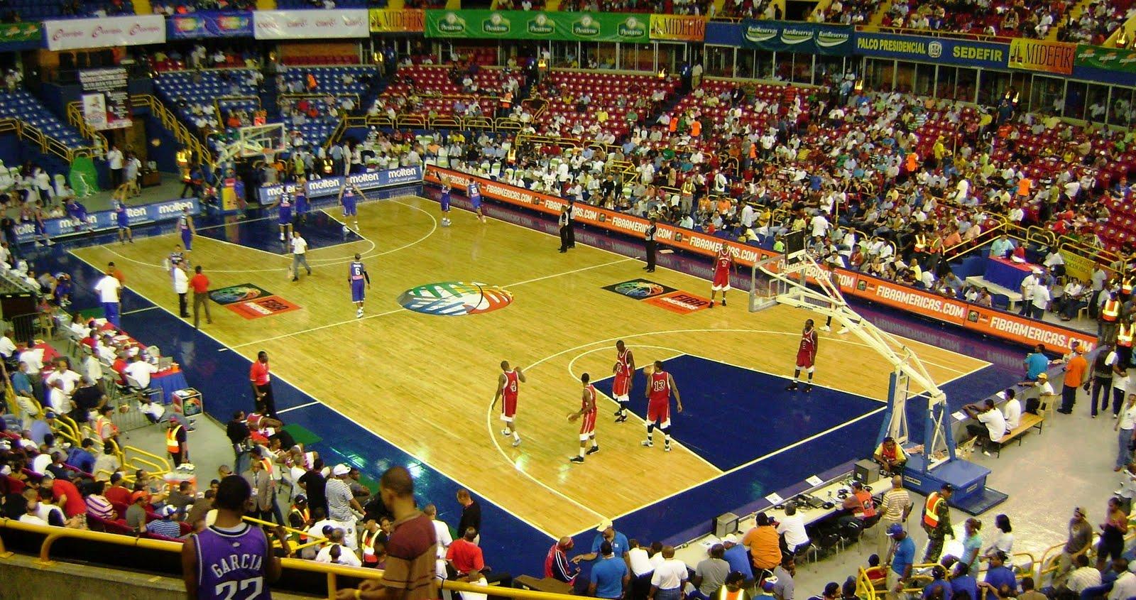 ... con buena participación del público en el Palacio de los Deportes