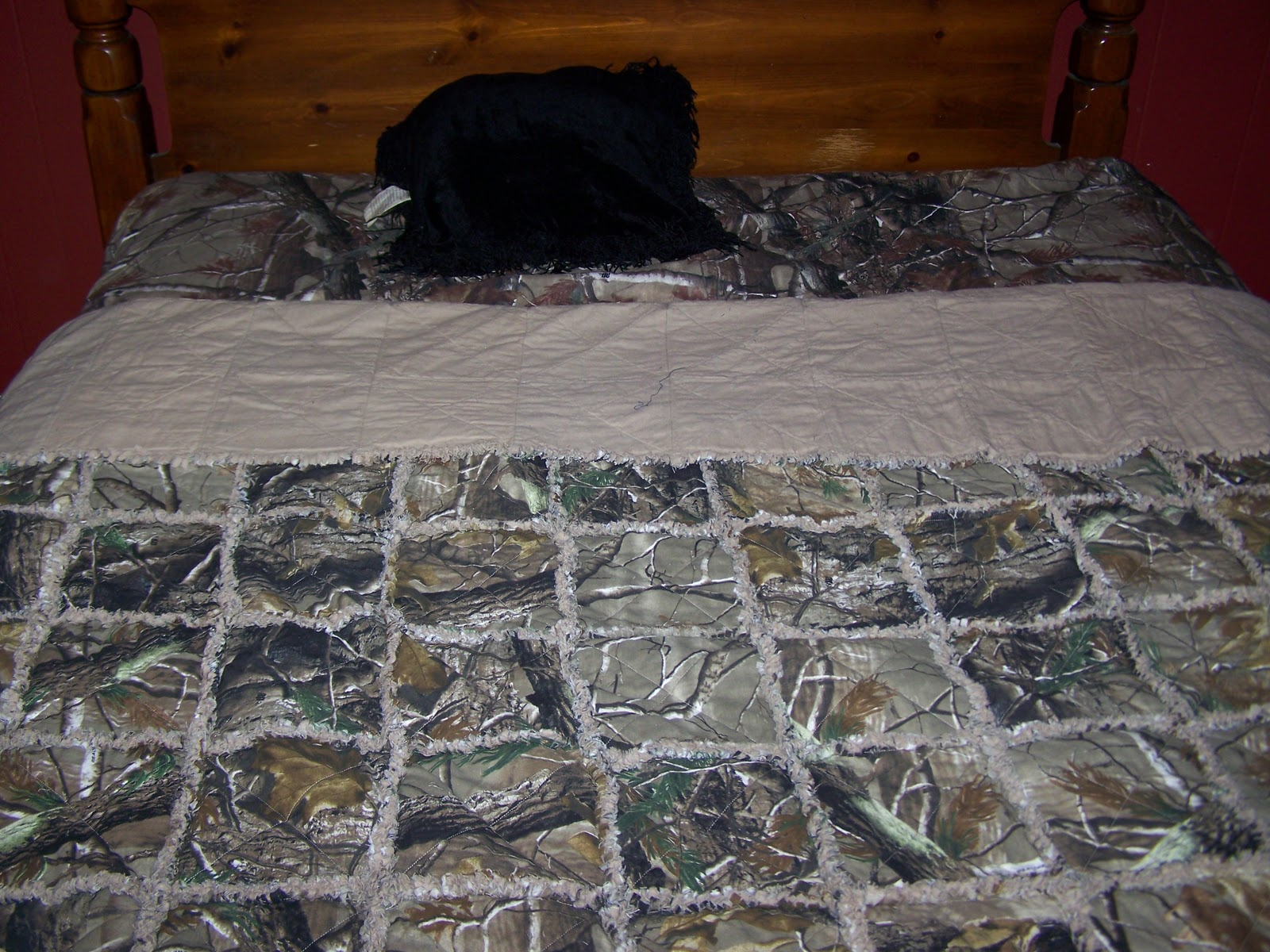 Lighthouse Lane Crafts: Camo (RealTree) Rag Quilt : camouflage quilts for sale - Adamdwight.com