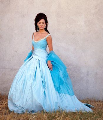 Wedding destinations traditional irish wedding dress for Blue irish wedding dress