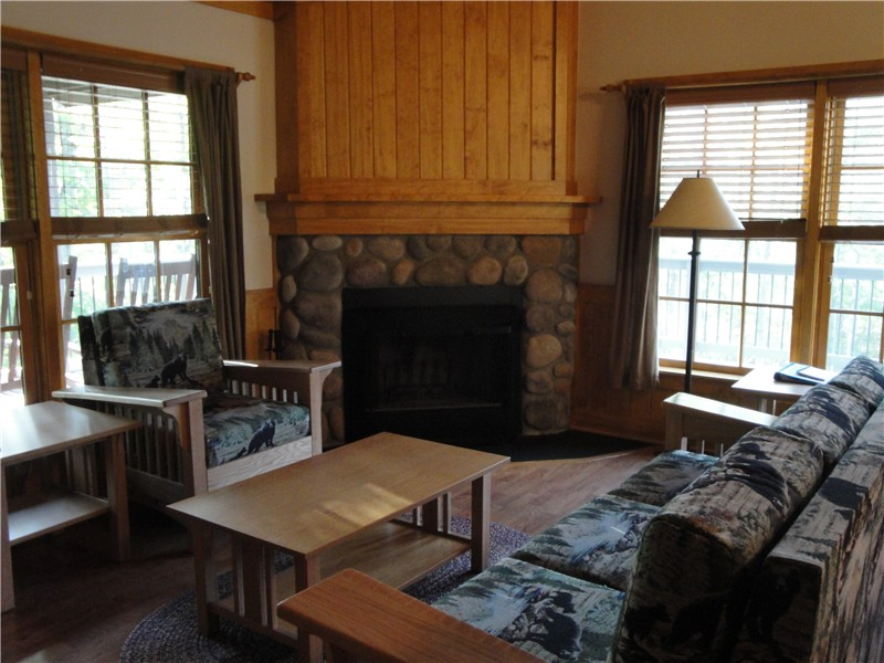 Stayed In A Brand New (as Of Summer 2010) Pet Friendly Cabin Right Next To  The Trailhead.