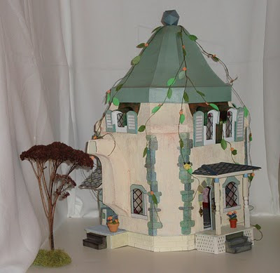 Artisans In Miniature The Miss Mouse Teapot House